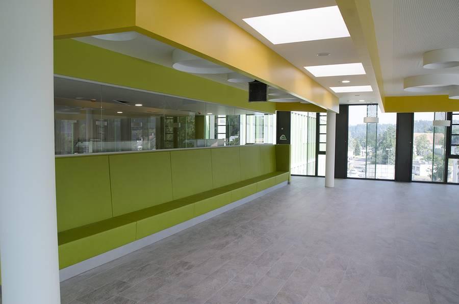Cafeteria im neuen IMED-2.jpg