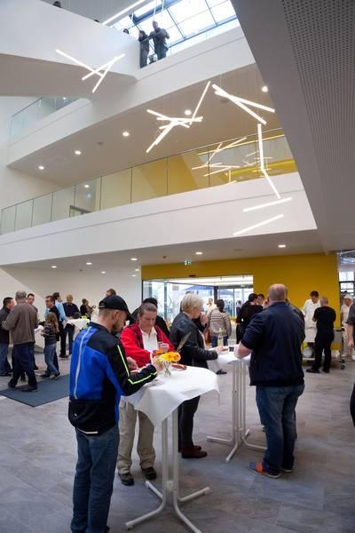 Mitarbeiterfest in der neuen IMED